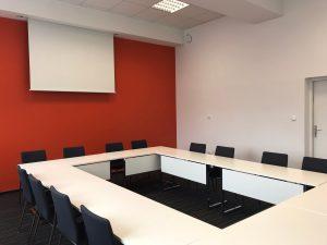 Sala pomarańczowa w LO Edukacja