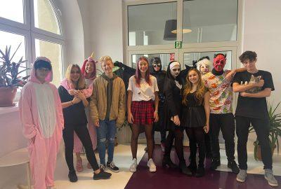 Przebrania z okazji Halloween w Liceum